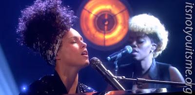 Alicia Keys - In Common Live on Graham Norton