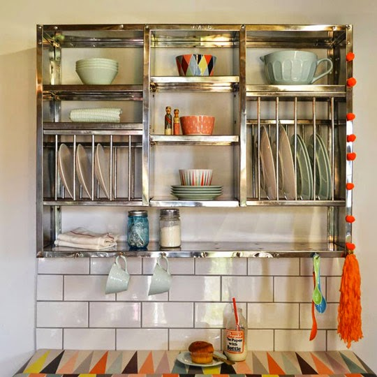 contemporary metal plate rack