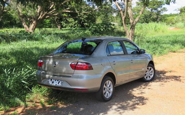 VW Voyage 2018 Automático
