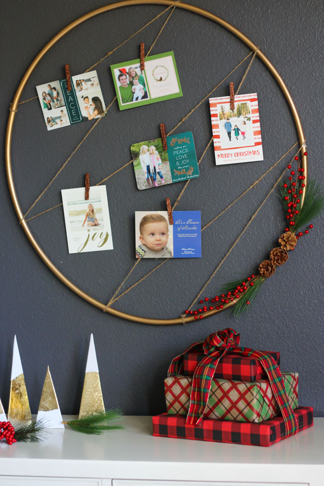 Turn a hula hoop into a chic holiday card holder!
