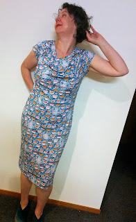 Creates Sew Slow: Vogue 1250 Elevenses Dress