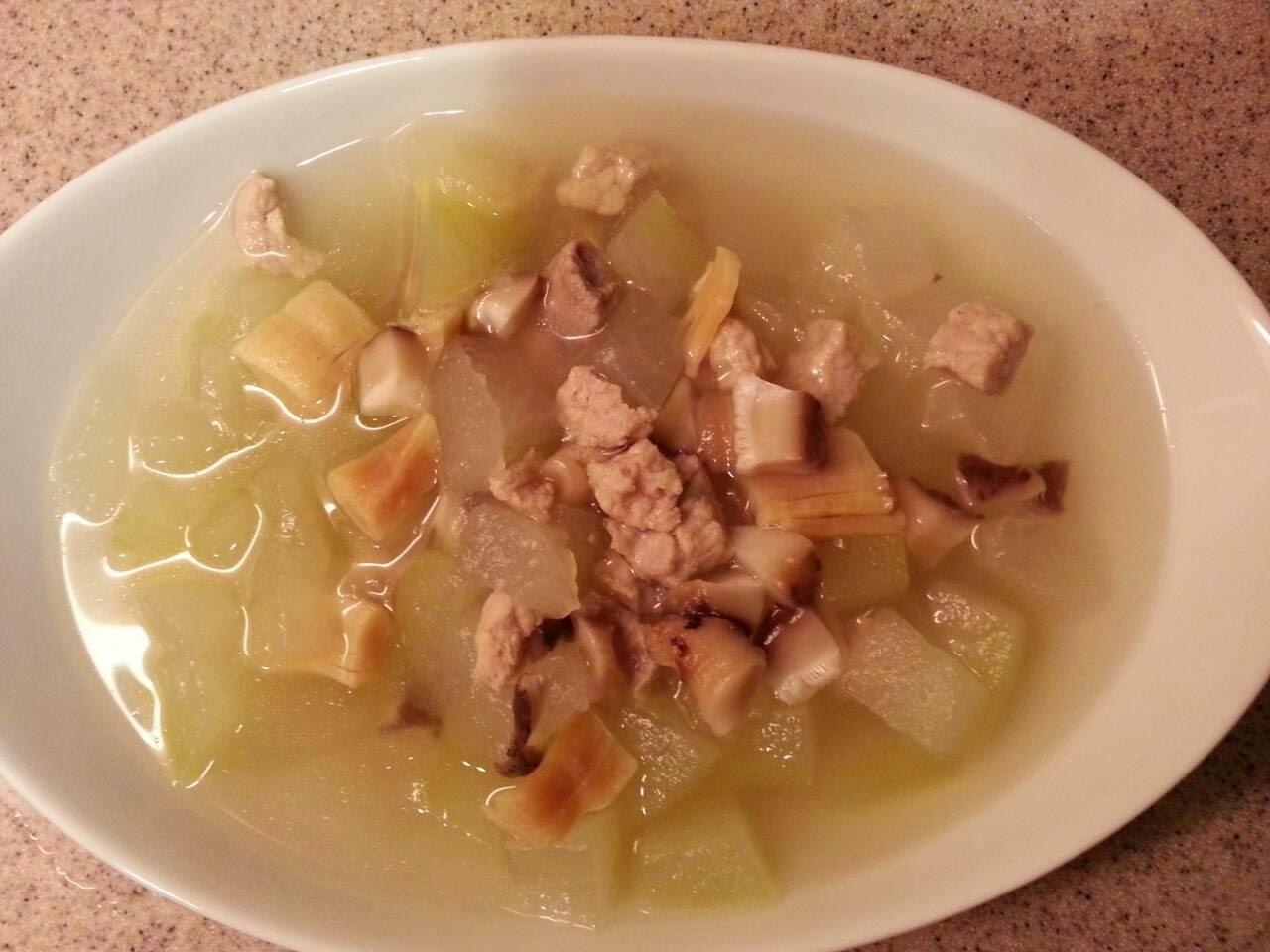 SixtwoSix: 冬瓜冬菇肉粒湯