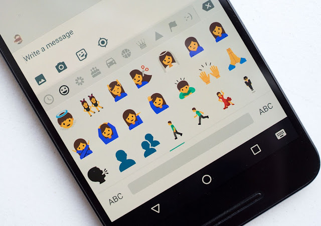 Grab Android N Emoji for Your Android Phone