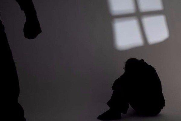 Σοκ στο Ηράκλειο Κρήτης: Πατέρας βίαζε την 14χρονη κόρη του