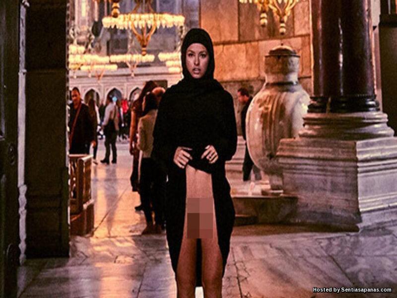 Marisa Papen Hagia Sophia