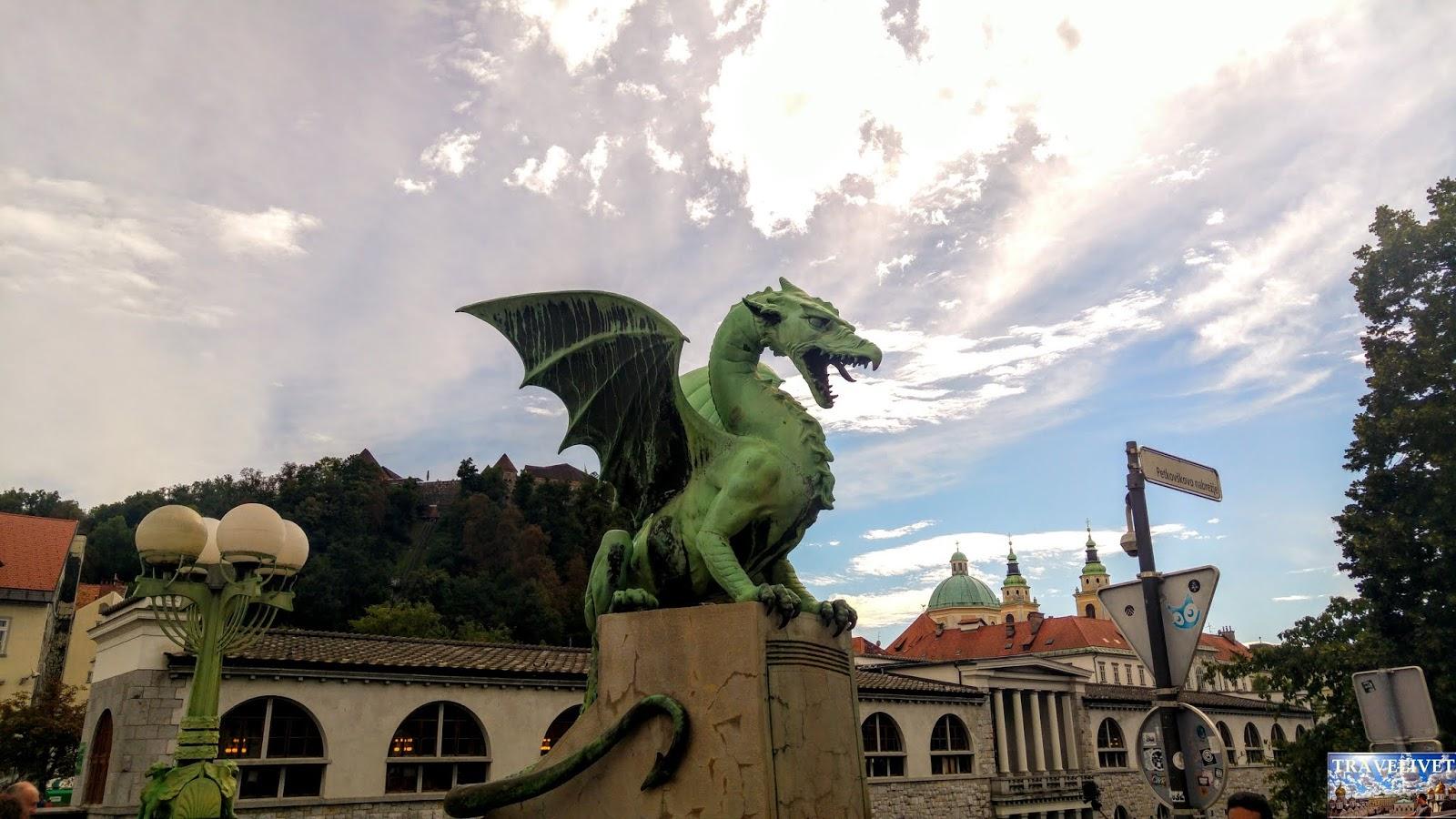 Slovénie Ljubljana Dragon Bridge