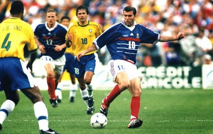 >>>  Copa do Mundo de 1998 : o Show de Zidane