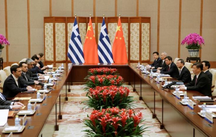 Ο Πρωθυπουργός κ. Αλέξης Τσίπρας συναντά τον Κινέζο Πρόεδρο Σι Τσινπίνγκ στο Πεκίνο της Κίνας στις 13 Μαΐου 2017. REUTERS / Jason Lee