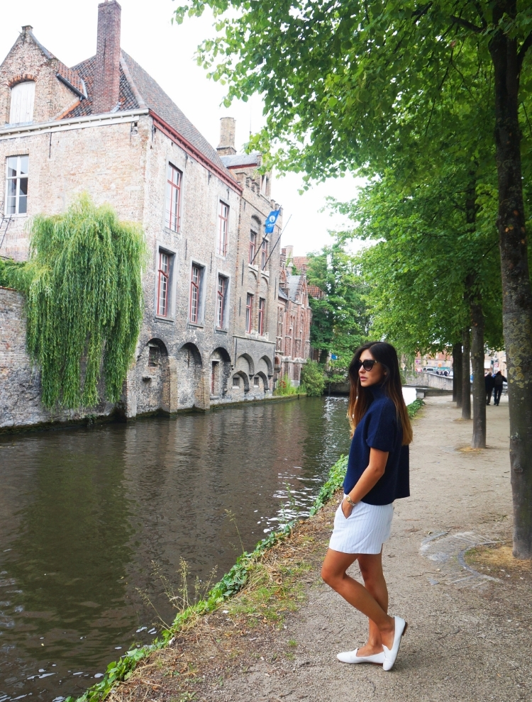 Euriental | fashion & luxury travel | Bruges, navy blue wool top, Sandro white pinstripe shorts, Bulgari sunglasses.