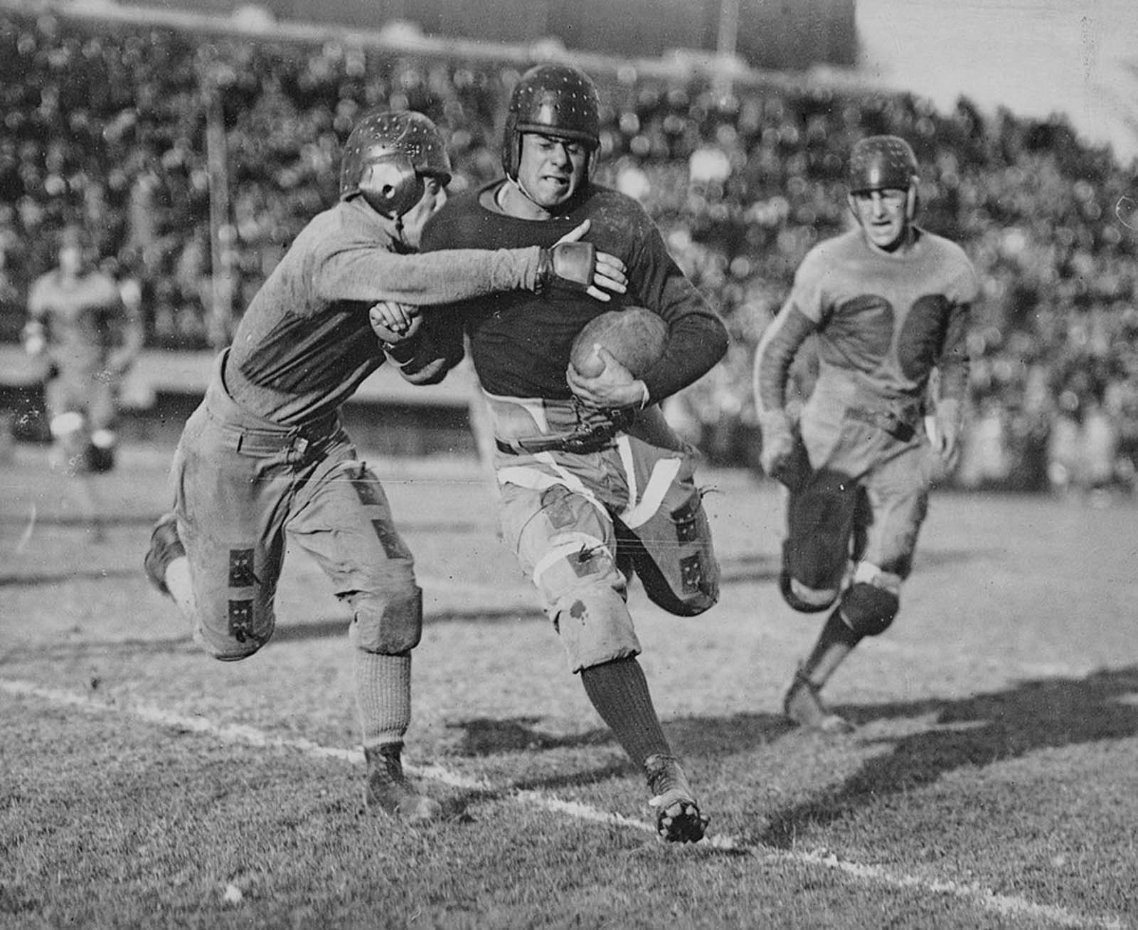 American football, 1920.