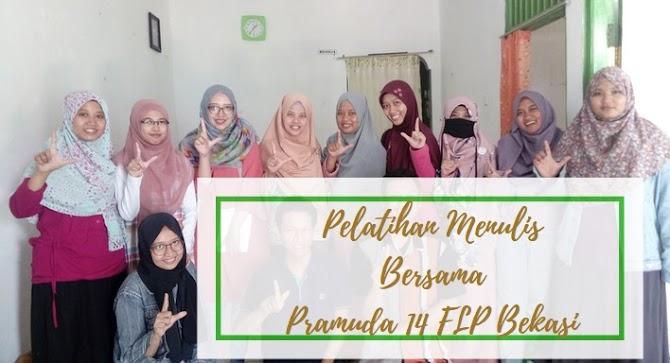 Pelatihan Menulis Bersama Pramuda 14 FLP Bekasi