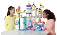 Hasbro Reveals Queen Novo and Spike the Pufferfish Playset