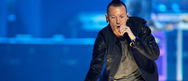 Tudo planejado? Linkin Park lança clipe minutos antes do suicídio do vocalista Chester Bennington