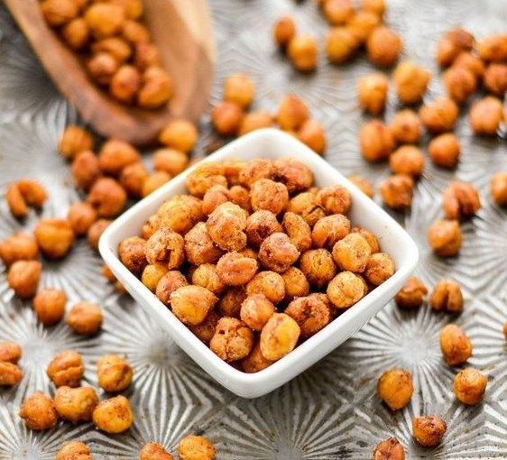 CRUNCHY ROASTED CHICKPEAS #healtysnack #glutenfree