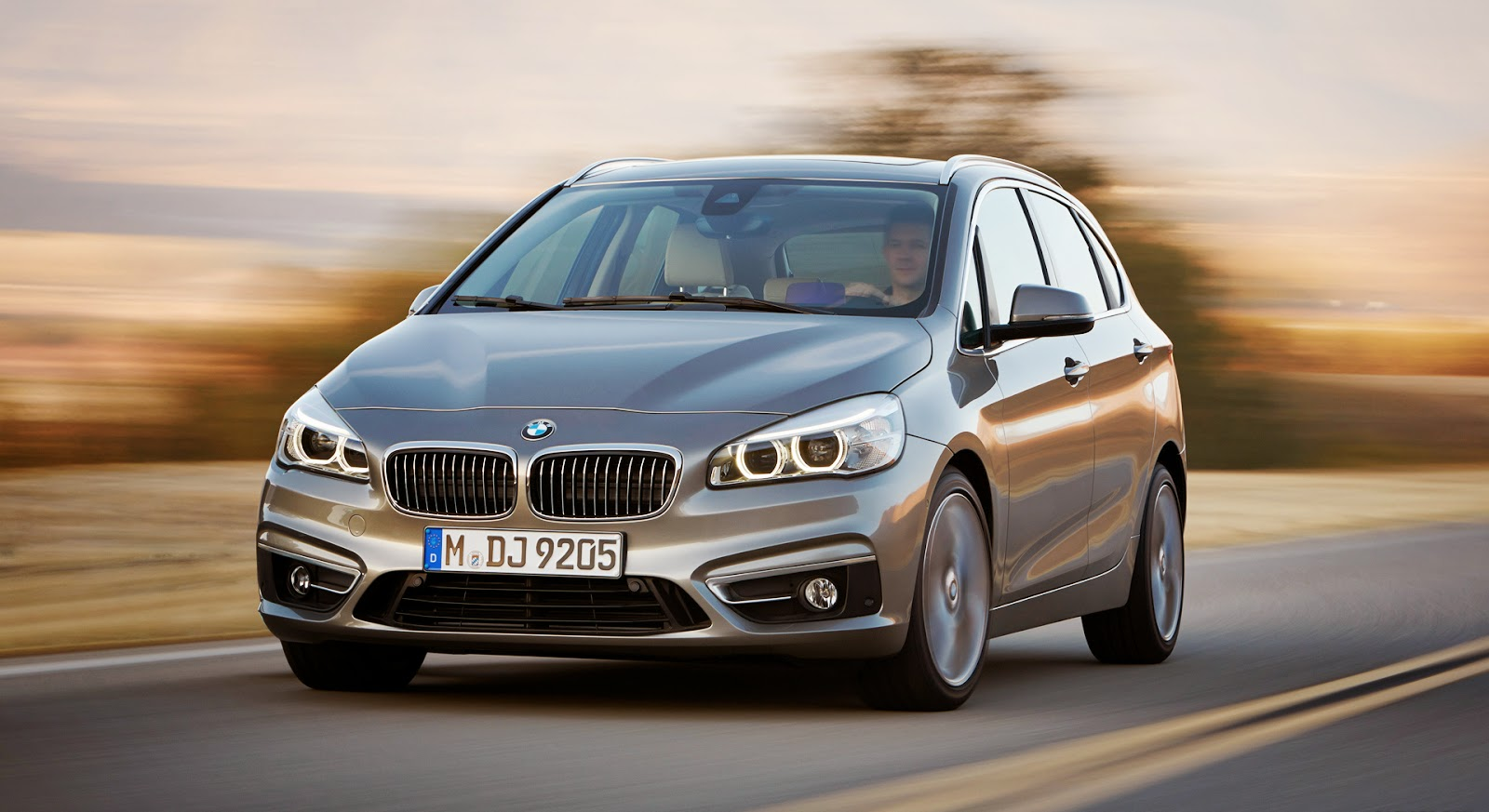 2015 bmw 2 series active tourer high wheels. Black Bedroom Furniture Sets. Home Design Ideas