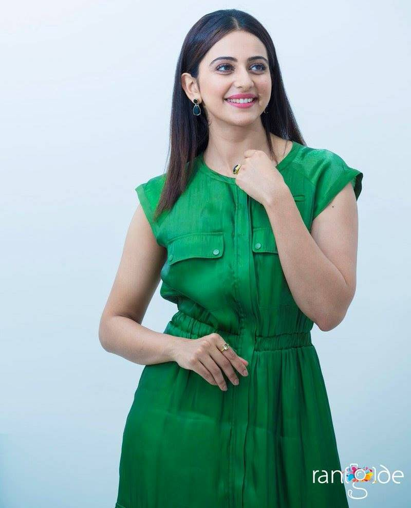 beautiful indian girl rakul preet singh photo shoot in green dress