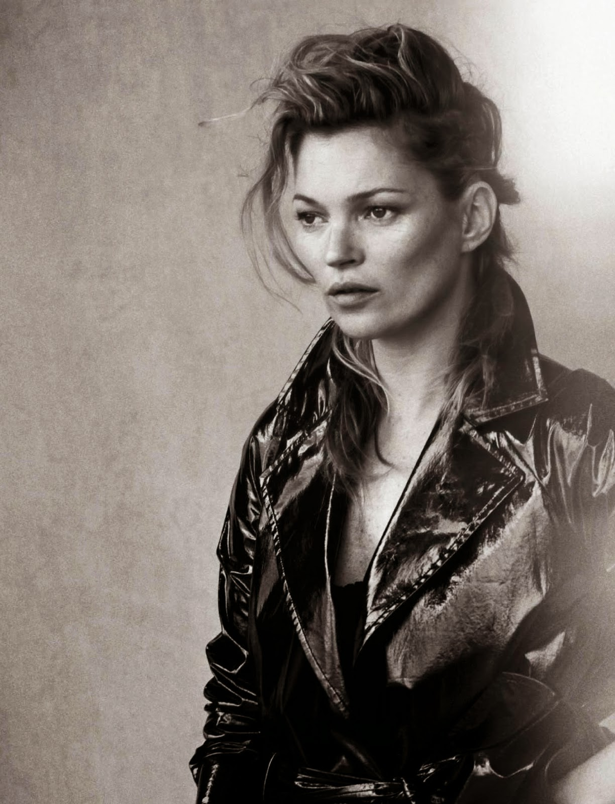 Kate Moss Is The Queen Of Cool On 37th Vogue Uk Cover: Kate Moss By Peter Lindbergh For Vogue Italia January 2015