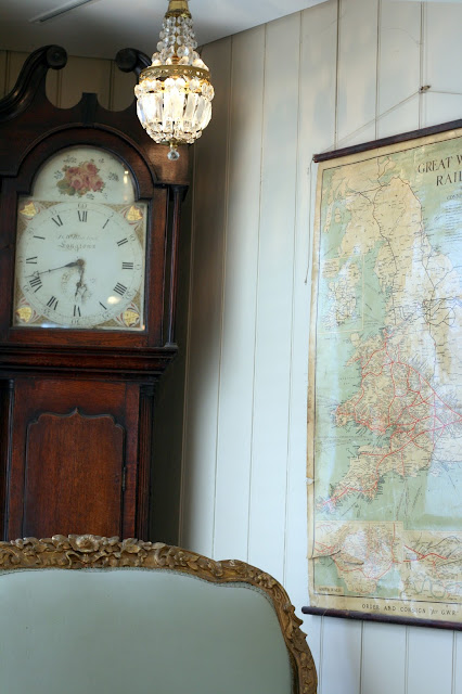 retro geographical room corner