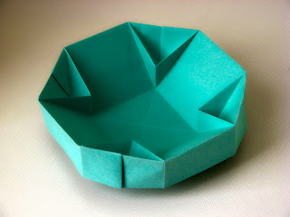 Origami Scatola 4 V -  4 V Dish by Francesco Guarnieri