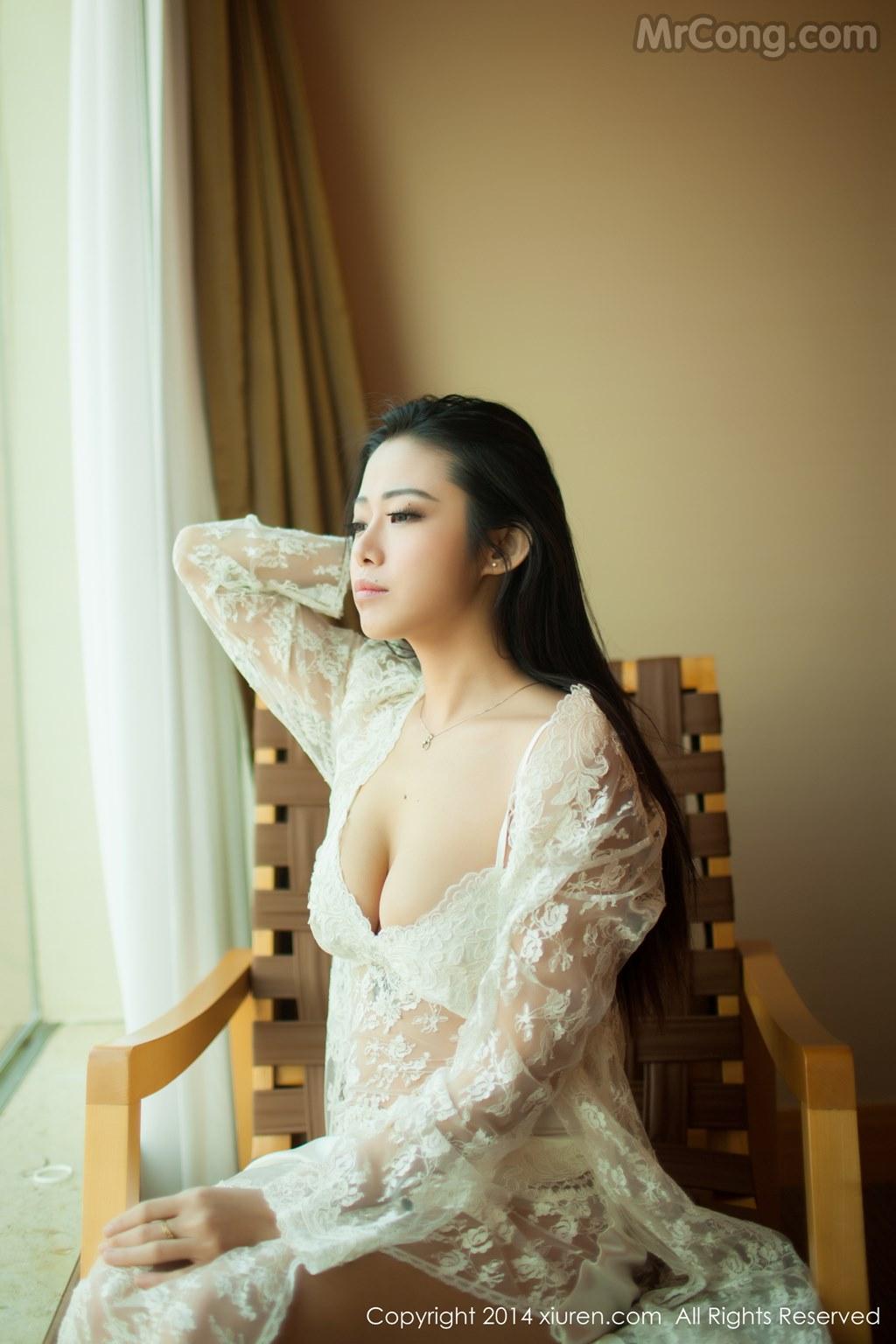 Image MrCong.com-XIUREN-No.161-Luvian-Ben-Neng-006 in post XIUREN No.161: Người mẫu Luvian (本能) (51 ảnh)