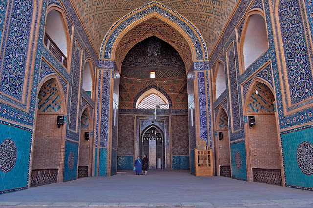 The stunning blue tile works of Jaame mosque of Yazd.
