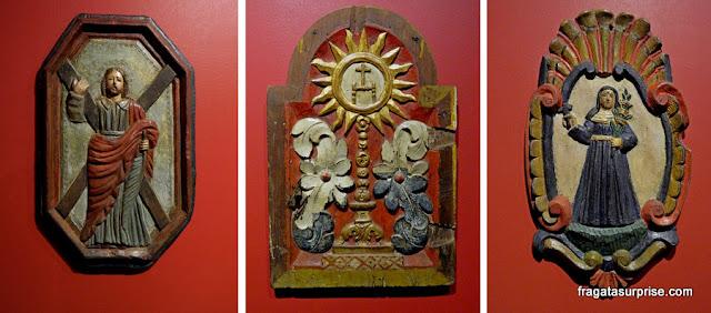Peças sacras no Museu da Plaza Mayor de Panamá Viejo