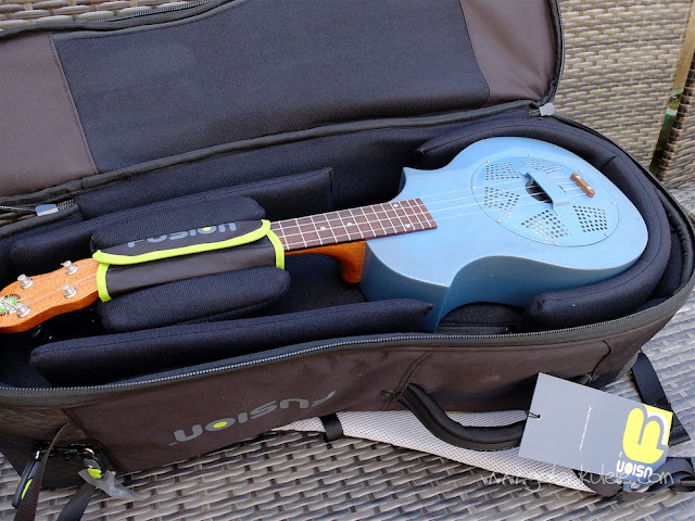 fusion urban double ukulele bag top compartment
