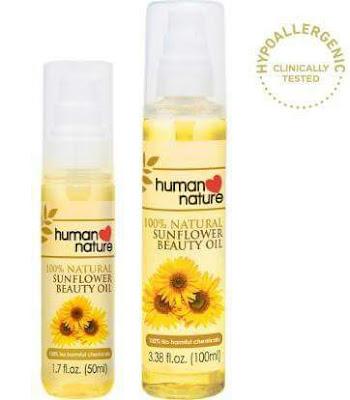 Sunflower beauty oil: minyak kecantikan perawatan dan alami persembahan dari Human Heart Nature. Sunflower beauty oil merupakan sahabat siapa saja, perempuan atau laki-laki, yang ingin memiliki kulit sehat dan lembab. Berguna dari ujung rambut sampai ujung kaki, investasi untuk kulit sehat sekeluarga, mulai dari anak-anak sampai orang tua. Kenapa bisa begitu? Pengen tahu apa saja kegunaannya? Pertama, Sunflower beauty oil mampu mencerahkan bagian warna kulit yang tidak merata seperti siku, ketiak dan lipatan tubuh lainnya. Minyak kecantikan ini juga baik untuk dioleskan di ujung rambut yang kering dan bercabang. Tidak hanya itu, sunflower oil juga bisa mencerahkan dan melembabkan wajah.  Kulit dan rambut perlu kita jaga agar terlihat sehat dan menarik ketika tampil ke dunia luar saat berkomunikasi dengan orang-orang di sekirat kita.