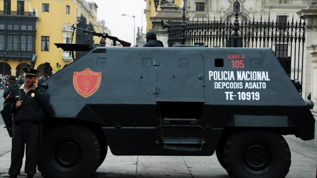 Policía peruana reprime con violencia una protesta gremial