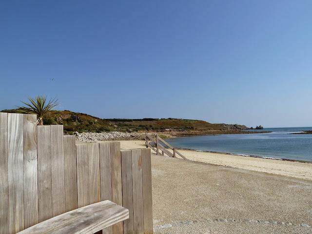 Porthcressa Beach - St Mary's