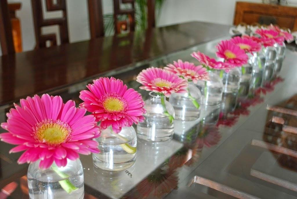 Праздничное украшение стола