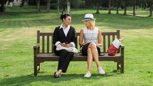 Rossy de Palma et Toni Collette dans Madame de Amanda Sthers (2017)