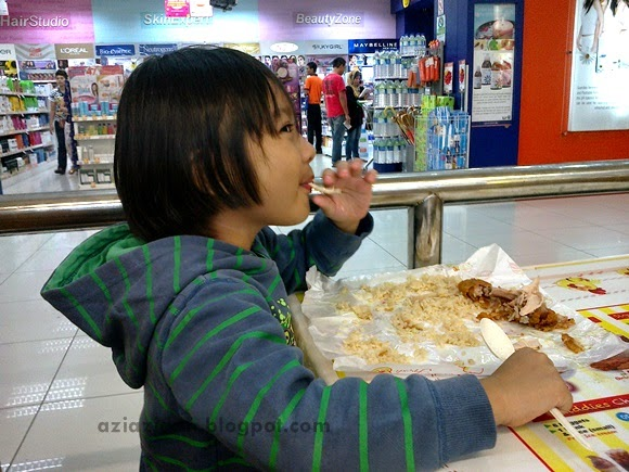 Makan di Uncle Jack Fried Chicken | AziAzidah