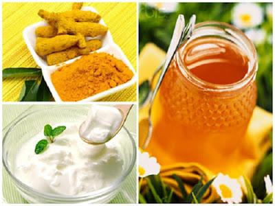 trị tàn nhang bằng sữa chua, bột nghệ và mật ong