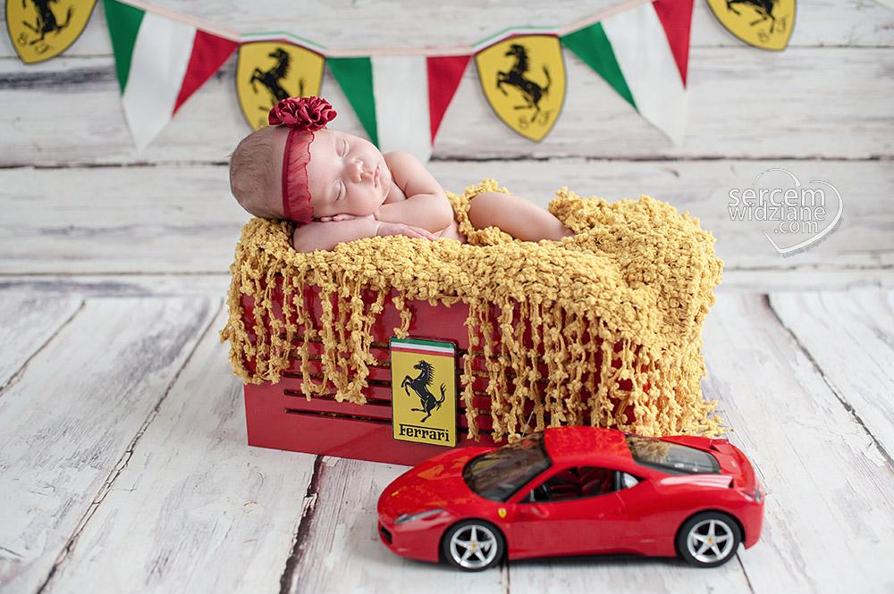 fotografie noworodkowe z samochodami