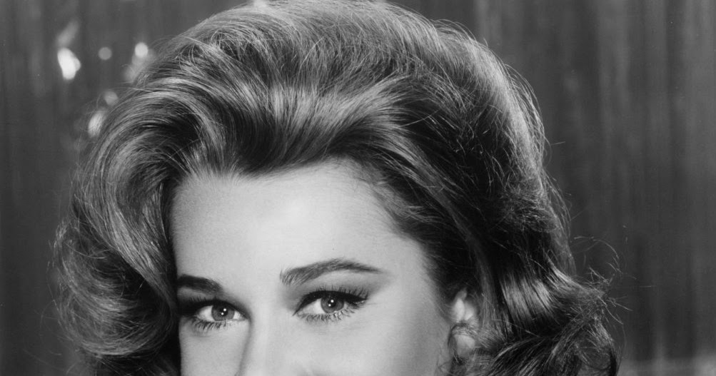 Jane Fonda Hair Styles: Celebrity Hairstyle Ideas For Women: Jane Fonda Hairstyle
