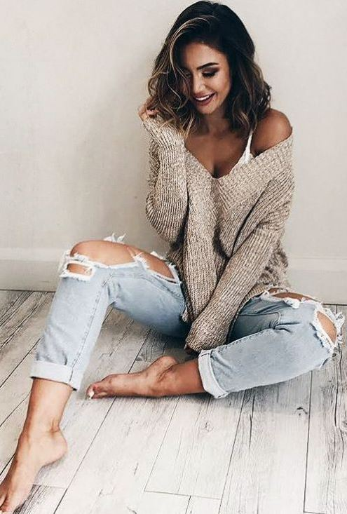 15 Cute and Cozy Oversized Sweater Outfits