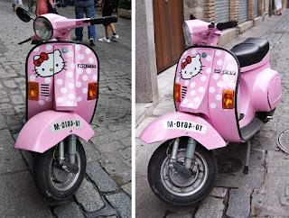 Gambar Motor Vespa Hello Kitty 1