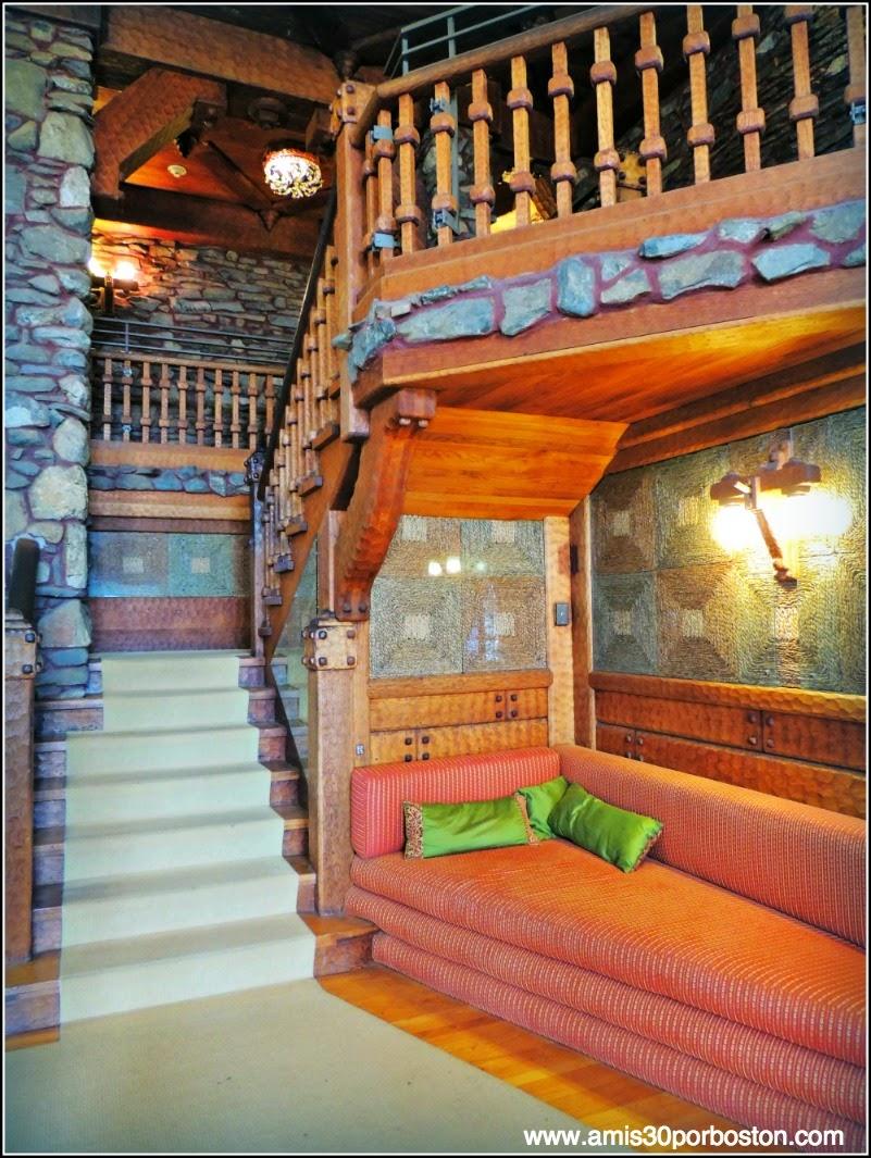 Castillo Gillette: Escaleras
