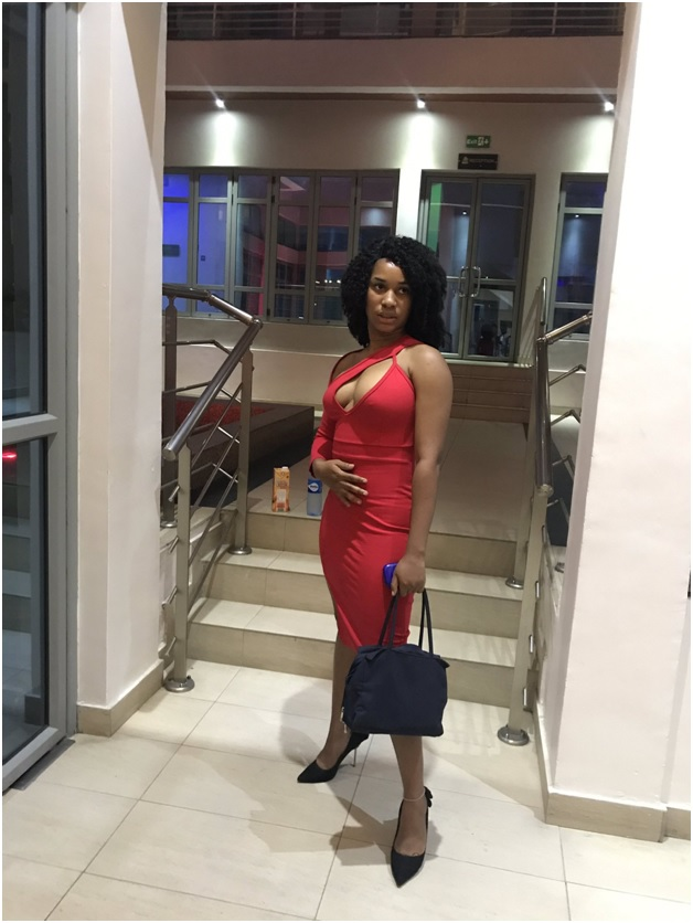 2 - SEXY or TRASHY? This bold LADY's outfit has left tongues wagging and jaws dropping (PHOTOs)