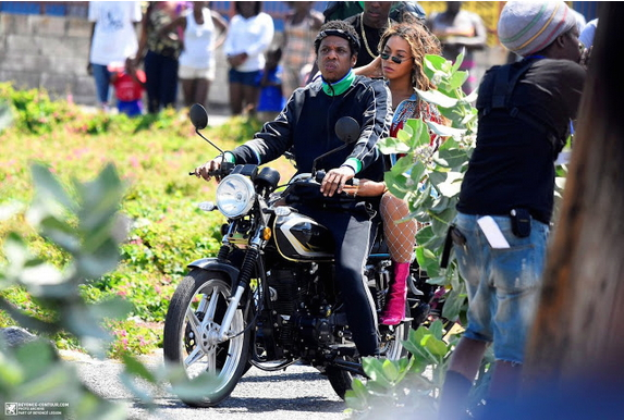 Beyoncé-JAY-Z-ride-motorcycle-in-Jamaica-1