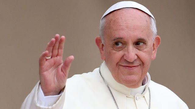 Paus Fransiskus sebut Perayaan Natal adalah Kebodohan dan Tidak Ada dalam Injil