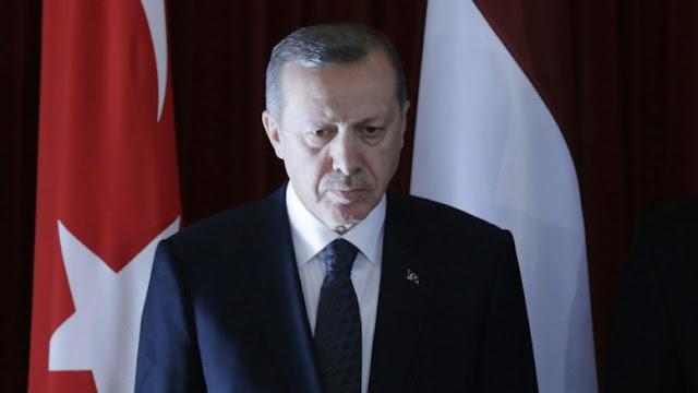 """""""Ερντογάν-gate"""" στην Τουρκία: Έχει παγιδεύσει τα τηλέφωνά μας, καταγγέλλει η αντιπολίτευση"""