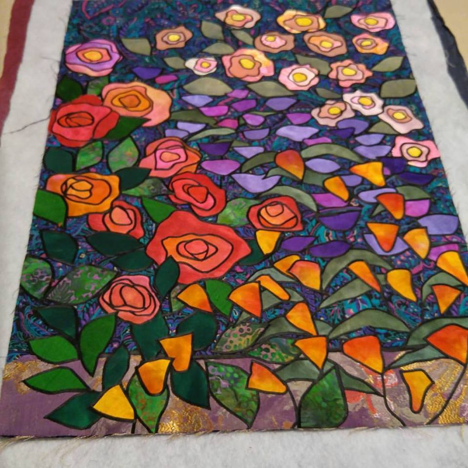 Allie s in Stitches: Allie Aller s Stained Glass Quilts Reimagined: Fresh Techniques and Design ...