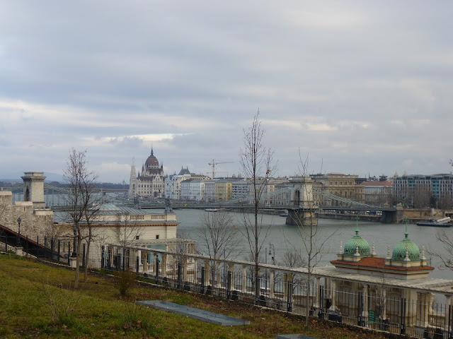 Pest vu du Palais Royal Budapest Hongrie