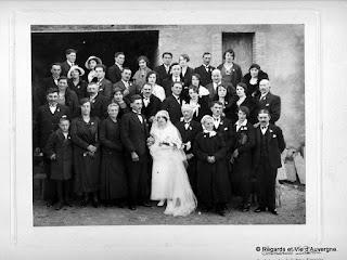 Photos de famille , Auvergne, mariage, noir et blanc.