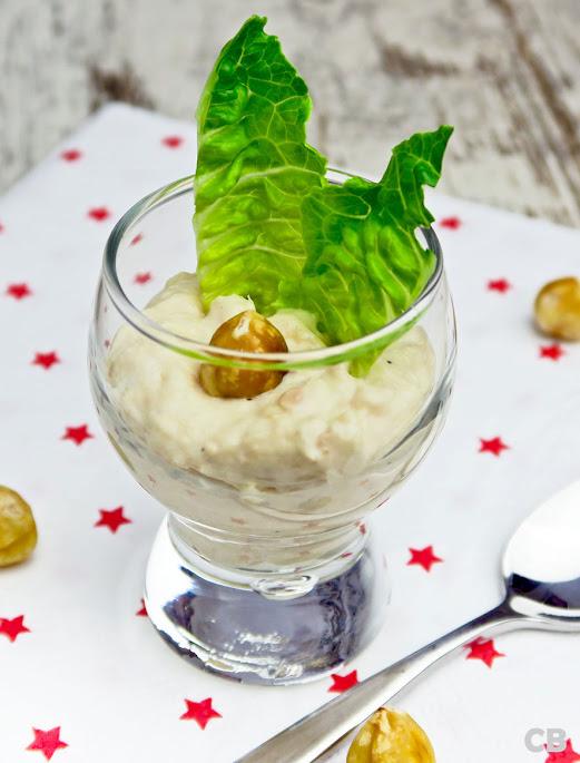 Recept Amuse van romige zalmsalade met geroosterde hazelnoot