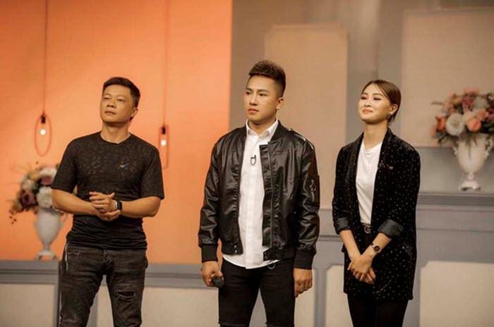 Ca sỹ Châu Khải Phong trong chương trình truyền hình thực tế 02