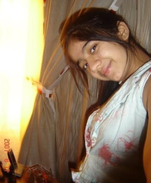 Koi Puche Mere Dil Se Ringtone Downloading: Pakistani Girl: Sexy Desi Girls