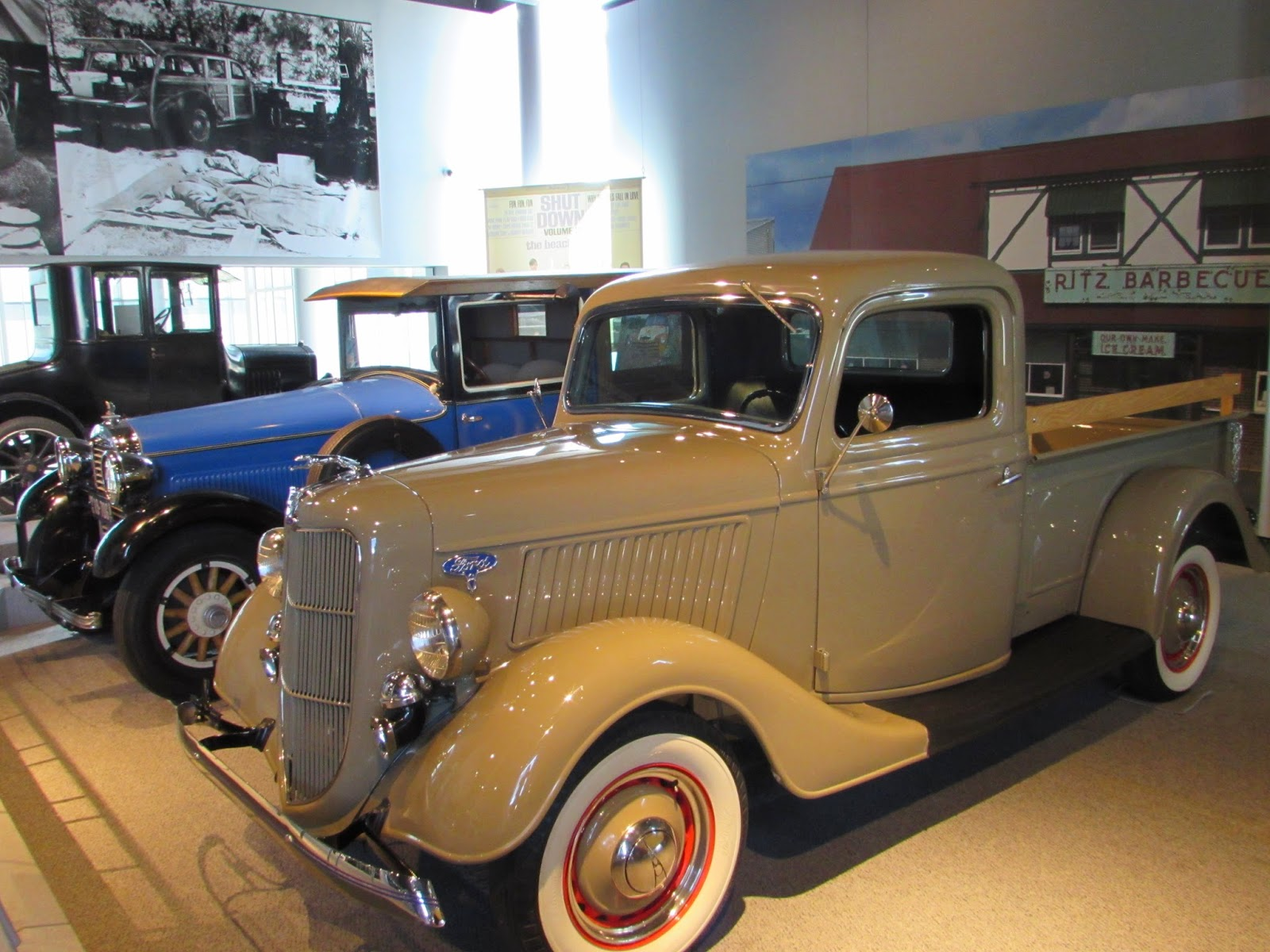 America On Wheels Museum: Allentown, PA | Interesting Pennsylvania ...